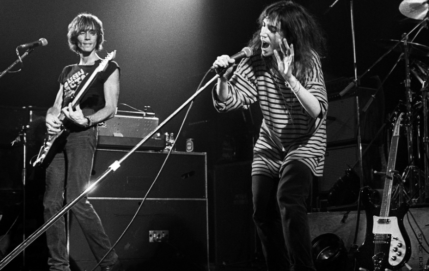 Ivan Kral, Rocker With Patti Smith and Others, Is Dead at 71